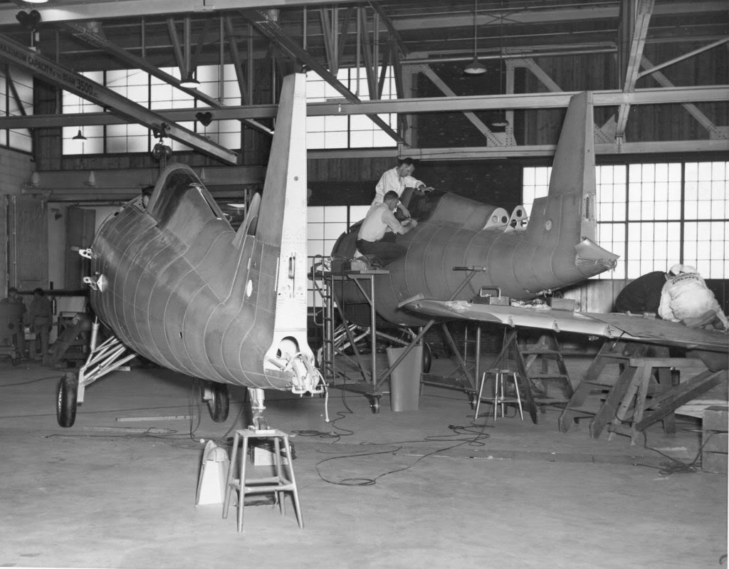 071_grum691F4Fproduction2planes.jpg