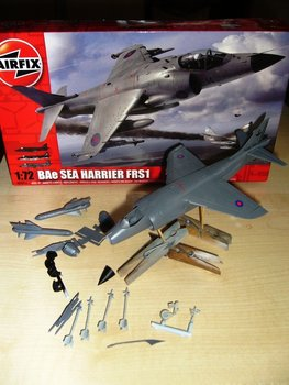 Airfix Sea Harrier FRS1.JPG