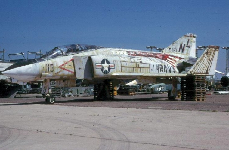 normal_149457_1_USN_VF-51_KLaver.jpg