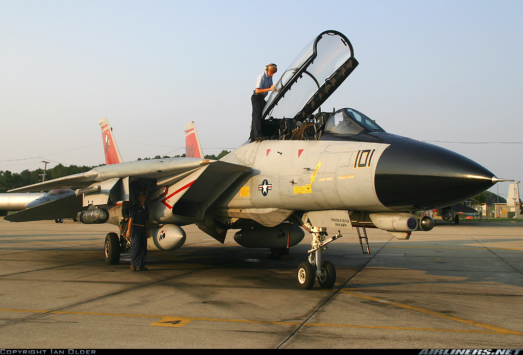 F-14D_VF-31_Airliners_1504763.jpg