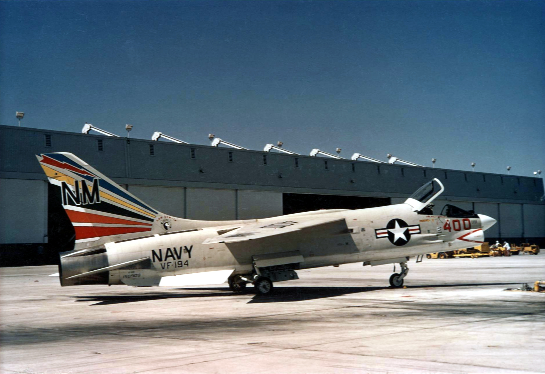 F-8E_Crusader_VF-194_CAG-bird_at_NAS_Miramar_1966.jpg